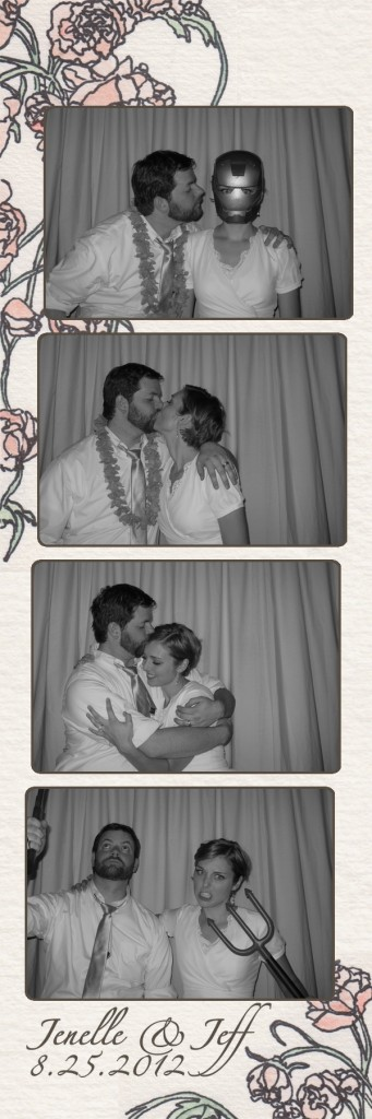 Jenelle and Jeff in the Photo Booth